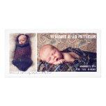 Invitación moderna del nacimiento del bebé de dos  tarjeta fotográfica personalizada