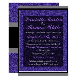 Invitación negra gris floral púrpura del boda