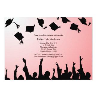 Invitación negra roja de la fiesta de graduación