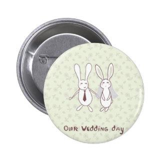Invitación nupcial de la ducha con dos conejos lin pins