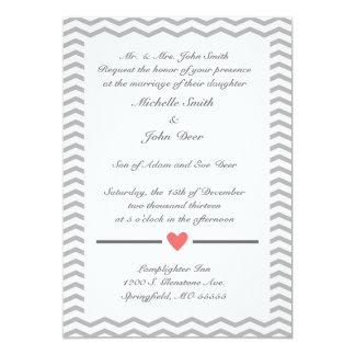 Invitación perfecta del boda de Chevron en coral y Invitación 12,7 X 17,8 Cm