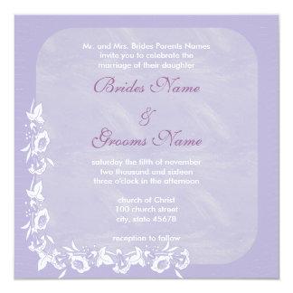 Invitación púrpura del boda de la onda de la flor
