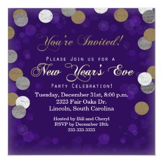 Invitación púrpura del fiesta de Noche Vieja