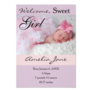 invitación recién nacida rosada púrpura del chica