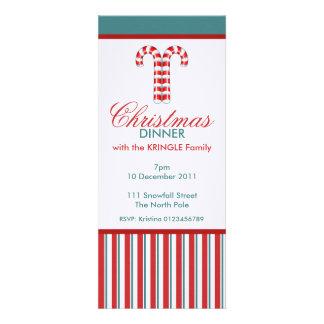 Invitación roja de la cena de navidad de los basto