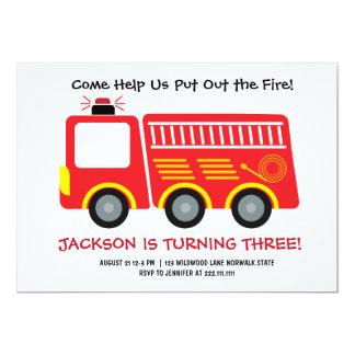 Invitación roja del cumpleaños del Firetruck