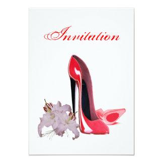 Invitación roja elegante de los zapatos y de los