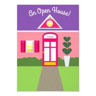 Invitación rosada de la casa abierta de la fachada
