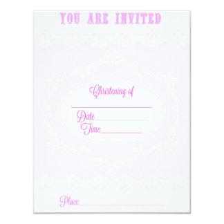 Invitación rosada del bautizo para un chica