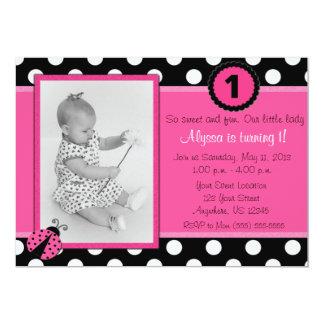 Invitación rosada del cumpleaños de la mariquita