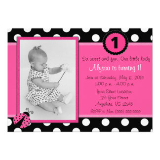 Invitación rosada del cumpleaños de la mariquita d