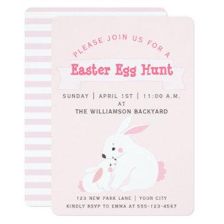 Invitación rosada linda de la caza del huevo de