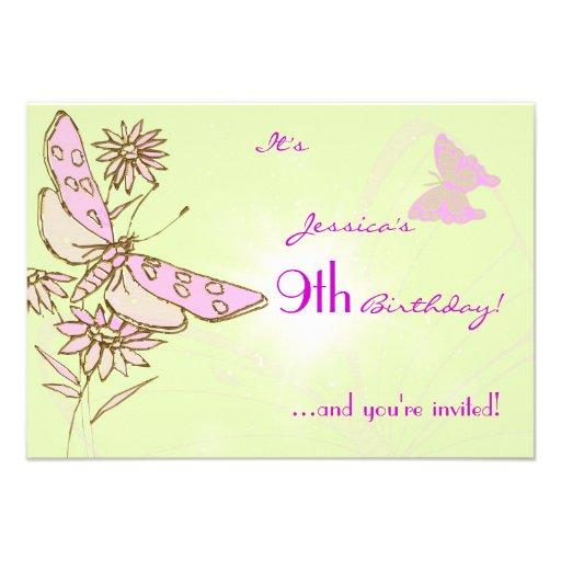 Invitación rosada y verde de RSVP del cumpleaños d