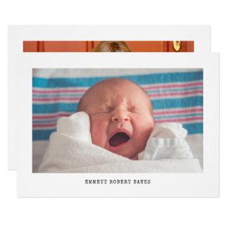 Invitación simple del nacimiento de la foto