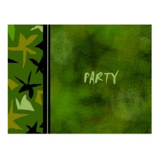 Invitación verde de la fiesta de cumpleaños de los postal