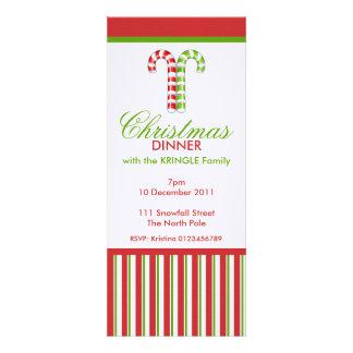 Invitación verde roja de la cena de navidad de los