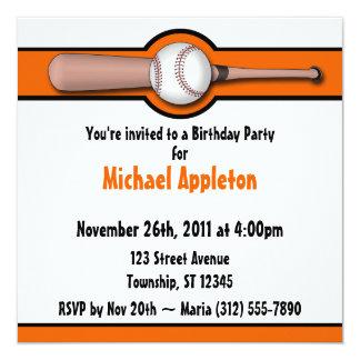 Invitaciones anaranjadas del cumpleaños del invitación 13,3 cm x 13,3cm