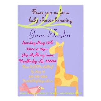 Invitaciones animales púrpuras de la fiesta de invitaciones personalizada