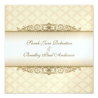 Invitaciones barrocas acolchadas oro del boda de