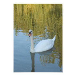 Invitaciones blancas del boda del cisne invitación 12,7 x 17,8 cm