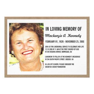 Invitaciones de la ceremonia conmemorativa o del e invitacion personal