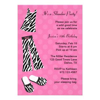 Invitaciones de la fiesta de pijamas del estampado