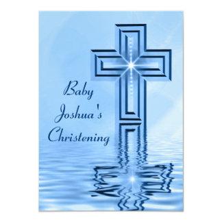 Invitaciones de los azules cielos del bautizo anuncios