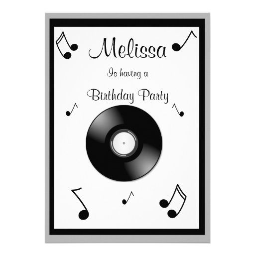 Invitaciones del cumpleaños de las notas musicales anuncios personalizados