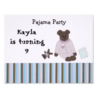 Invitaciones del cumpleaños del fiesta de pijama comunicado personalizado