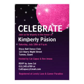 Invitaciones del fiesta de la bola de discoteca invitaciones personalizada