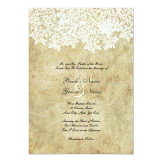 Invitaciones florales blancas del boda del vintage