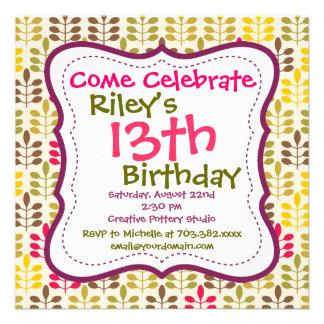 Invitaciones florales verdes rosadas de la fiesta comunicado personalizado