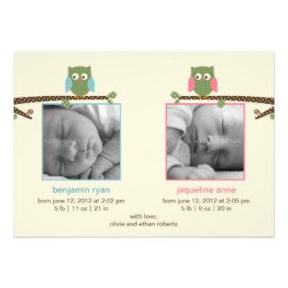 Invitaciones gemelas del nacimiento de los búhos comunicados personales