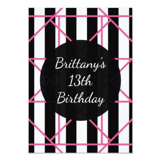 Invitaciones geométricas blancas y rosadas negras invitación 12,7 x 17,8 cm