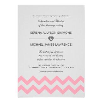 Invitaciones modernas grises y rosadas del boda de comunicados personalizados