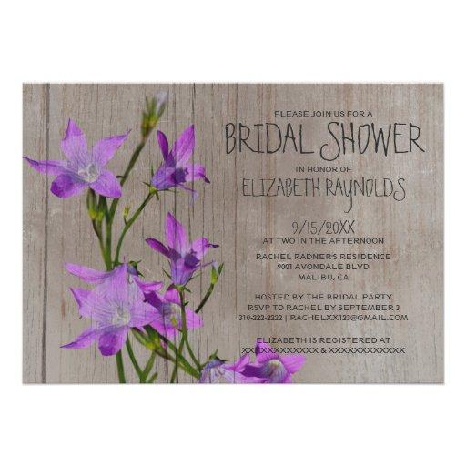 Invitaciones nupciales violetas rústicas de la duc