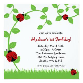 Invitaciones rojas de la fiesta de cumpleaños de invitación 13,3 cm x 13,3cm
