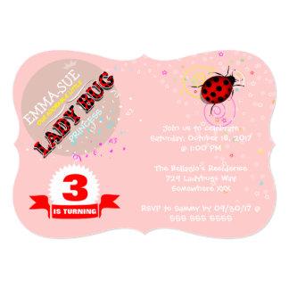 Invitaciones rojas del cumpleaños de la mariquita comunicados