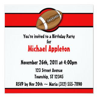 Invitaciones rojas del cumpleaños del fútbol invitación 13,3 cm x 13,3cm
