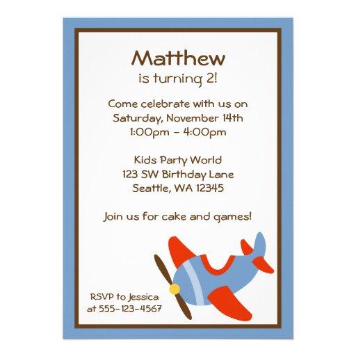 Invitaciones rojas y azules de la fiesta de cumple comunicado