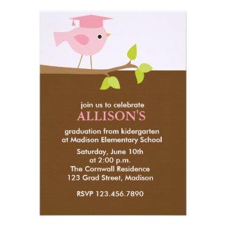 Invitaciones rosadas de la fiesta de graduación de comunicados personales