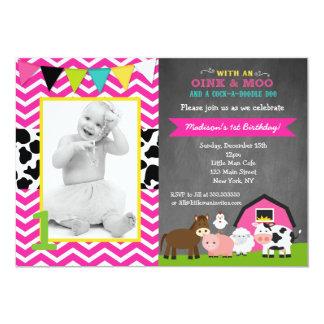 Invitaciones rosadas del cumpleaños de la granja invitación 12,7 x 17,8 cm