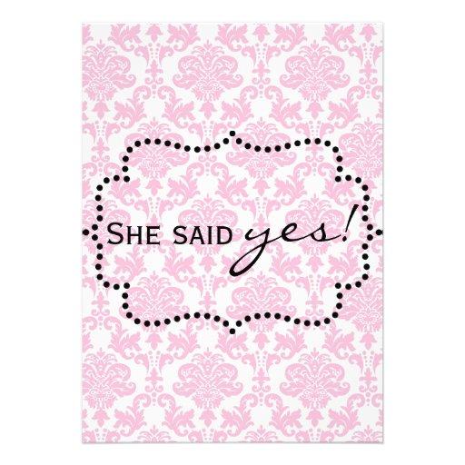 Invitaciones rosadas del damasco anuncio