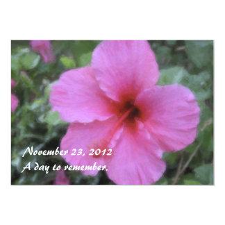 Invitaciones tropicales hawaianas del hibisco comunicado personalizado