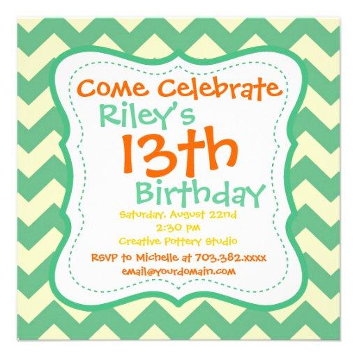 Invitaciones verdes de la fiesta de cumpleaños de  invitación