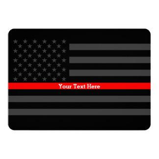 Invite a la línea roja fina bandera negra invitación 12,7 x 17,8 cm