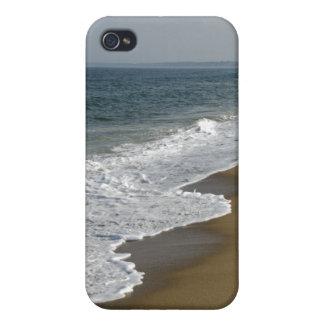 iPhone 4 Cárcasas Olas oceánicas en la playa