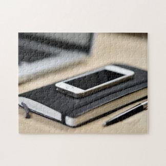 iPhone, cuaderno, y pluma Puzzle