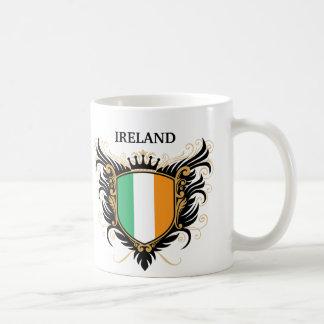 Irlanda [personalice] taza básica blanca