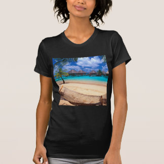 Isla tropical de Polinesia francesa Camiseta